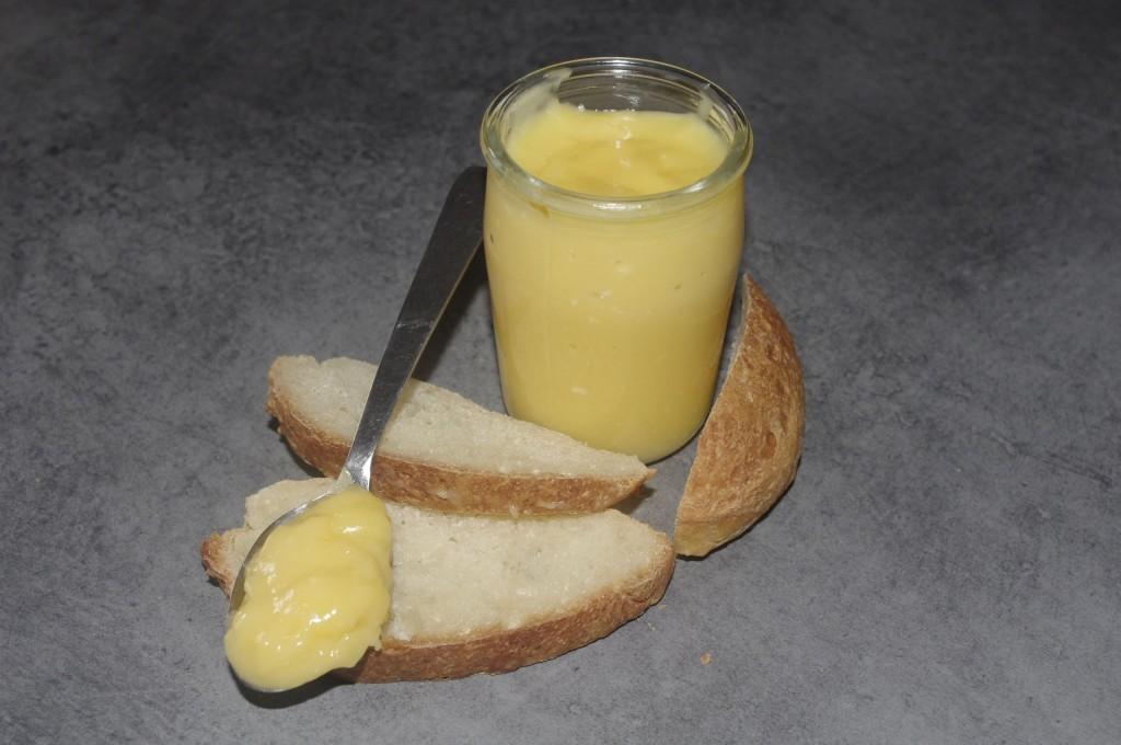 Clémentine curd dans Le sucré clementine-curd